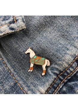 """Значек """"Horse White"""""""